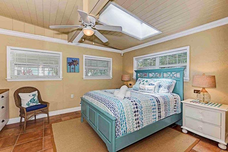 Anna Maria Island Sunfish Bedroom