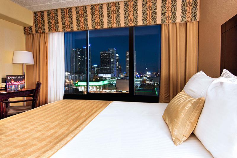 Barrymore Hotel Tampa Guestroom Nightview