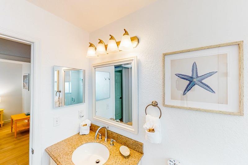 Bradenton Beach Sunset Villa Bathroom 2
