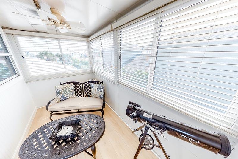Bradenton Beach Sunset Villa Lounge 2
