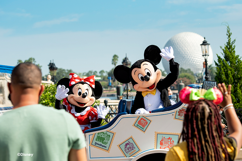 Disney Gallery Images Mickey & Minne