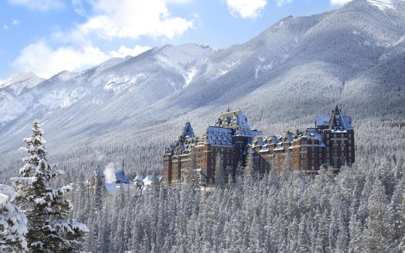 FairmontBanffSpringsExterior