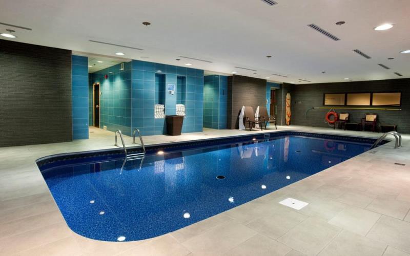 HotelChateuLaurierQuebcSwimmingPool