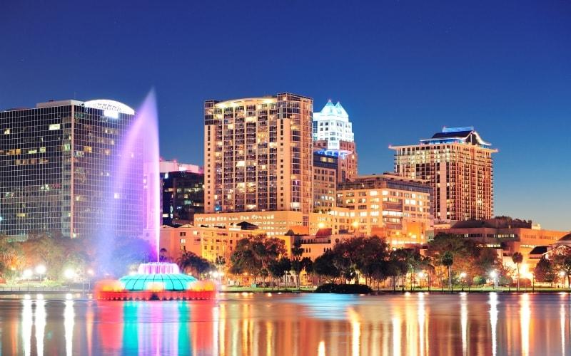Orlando-LakeEolaPark