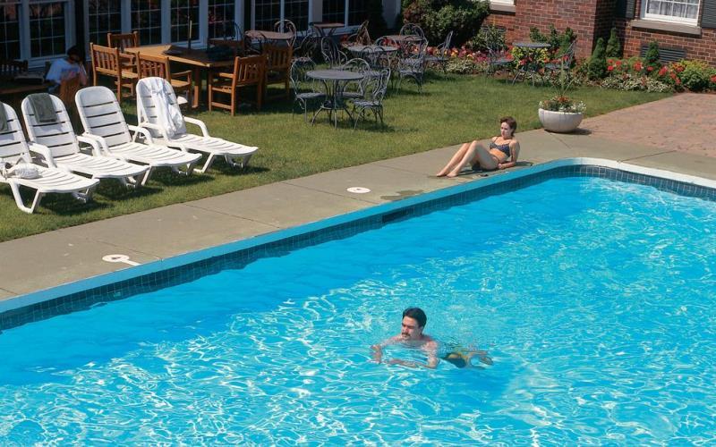 PillarandPostInnAndSpaSwimmingPool