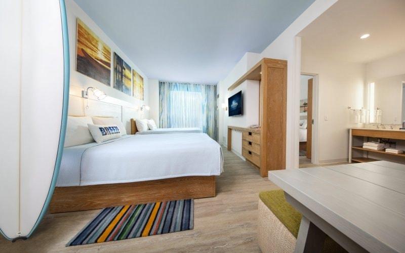 18-34764 ESR19 Dockside Model Room 070518