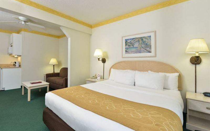 Bedroom1ComfortSuites