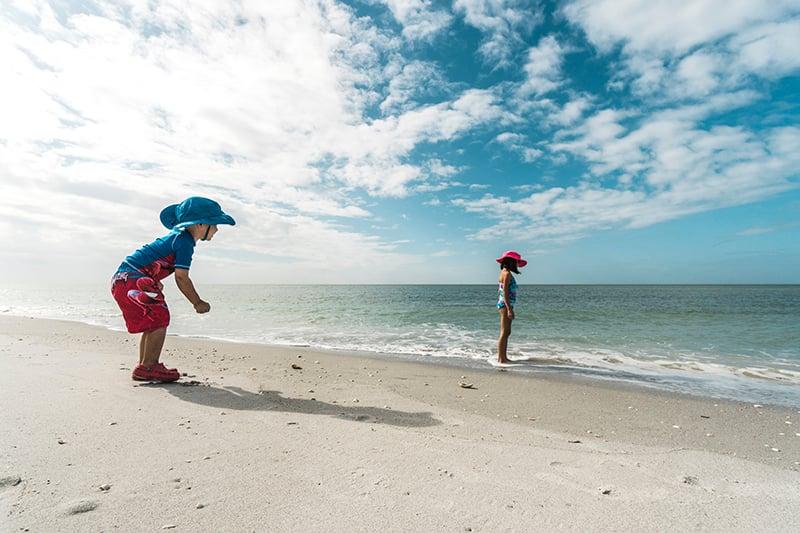 Fort Myers KIDS PLAY BEACH Captiva photo by Rob Hoovis
