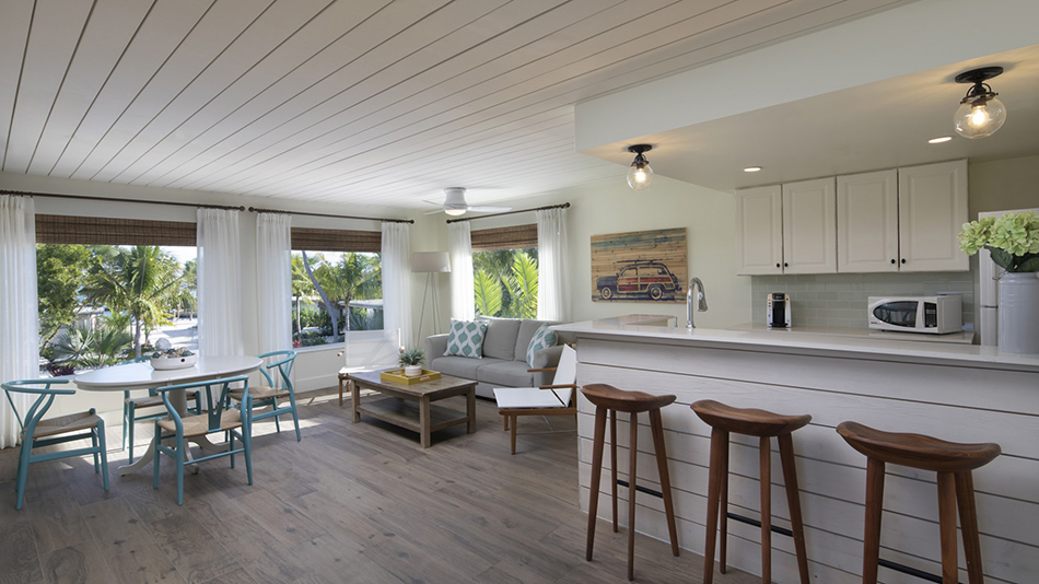 Postcard Inn on the Beach 1 Bedroom Premium Cottage