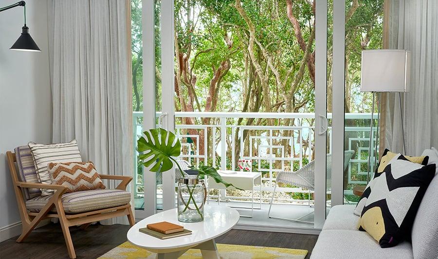 Bakers Cay Resort Kery Largo Hamock-View-King-Sitting-Area-and-Balcony