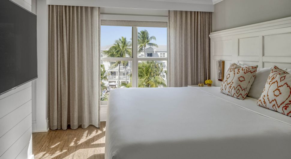 Barbary Beach House Key West Atocha Room King Pool View