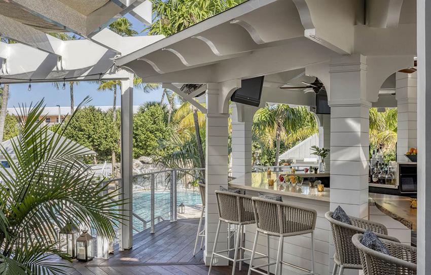 Barbary Beach House Key West Shipwreckers Bar
