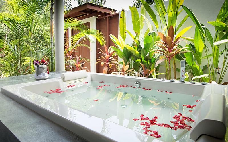 Apsara Beachfront Resort and Villa, Khao Lak Jacuzzi-Villa 4
