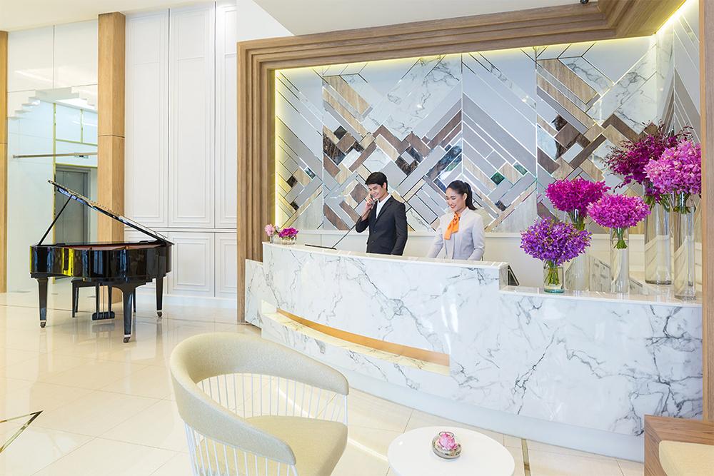 Bandara Suites Silom Bangkok Lobby 2