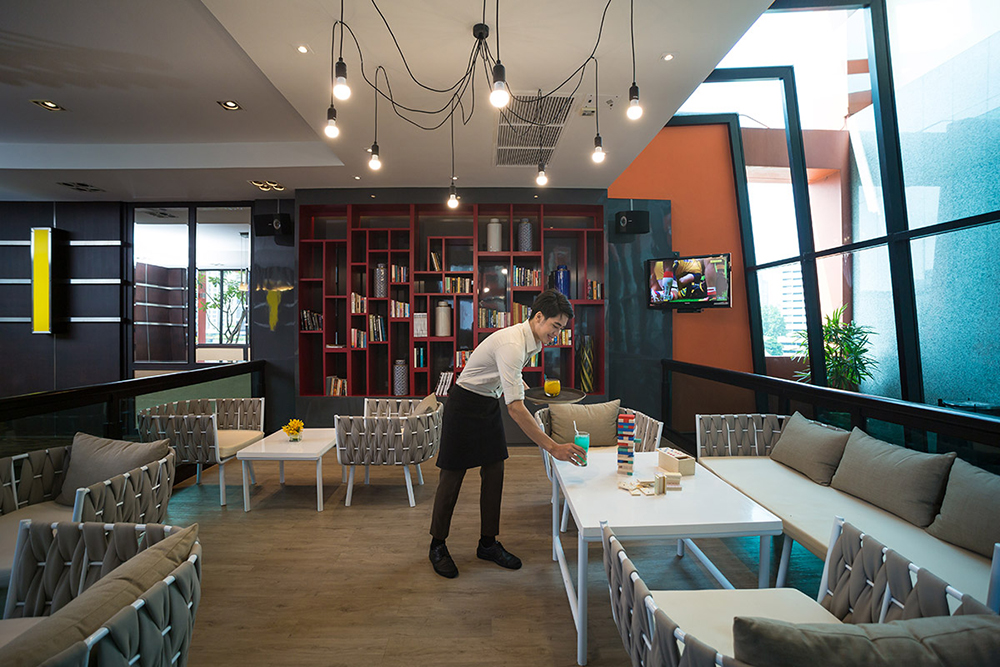 Bandara Suites Silom Bangkok Lounge