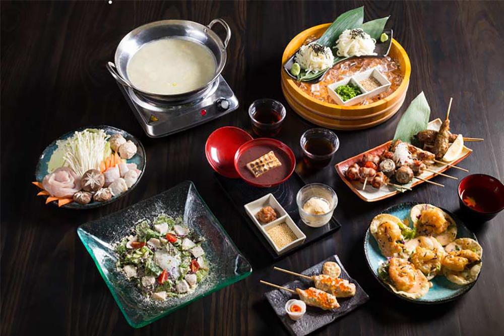 Bandara Suites Silom Bangkok Touka Restaurant 2