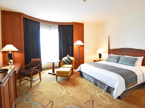 Century Park, Bangkok Grand Deluxe Bedroom
