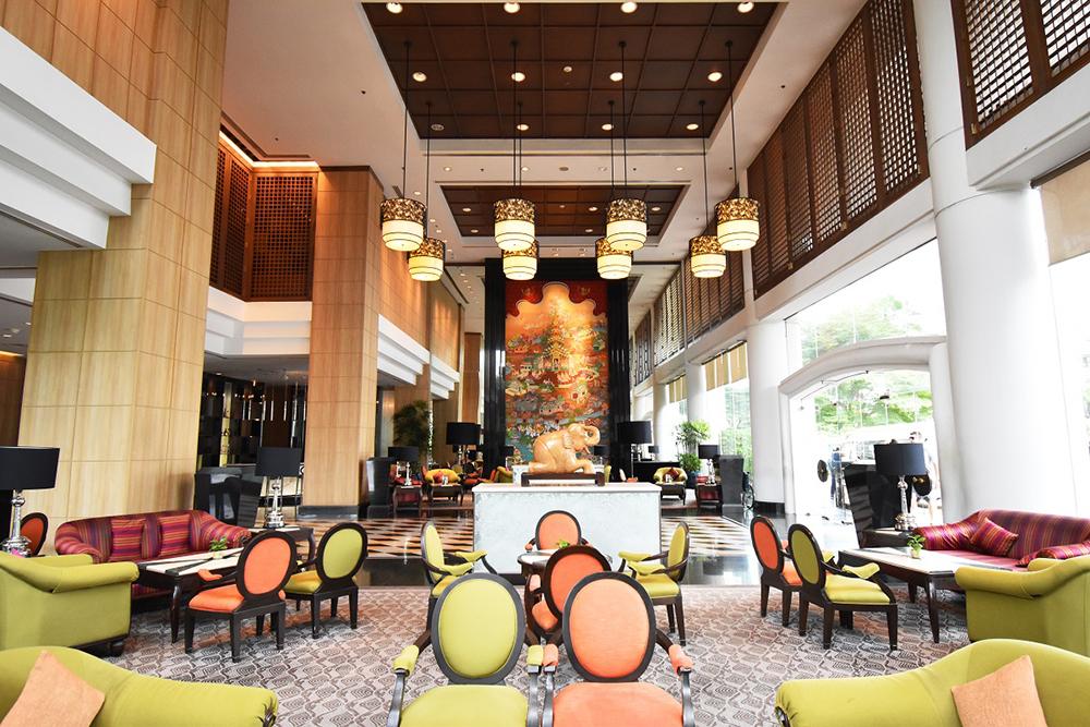 Century Park, Bangkok Lobby 2