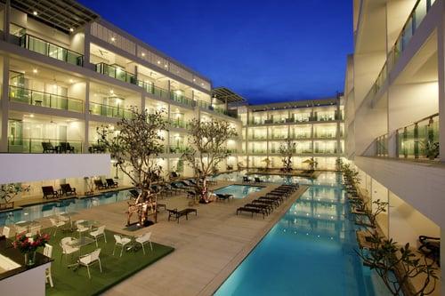 The Old Phuket Karon Beach Resort, Phuket Pool 2