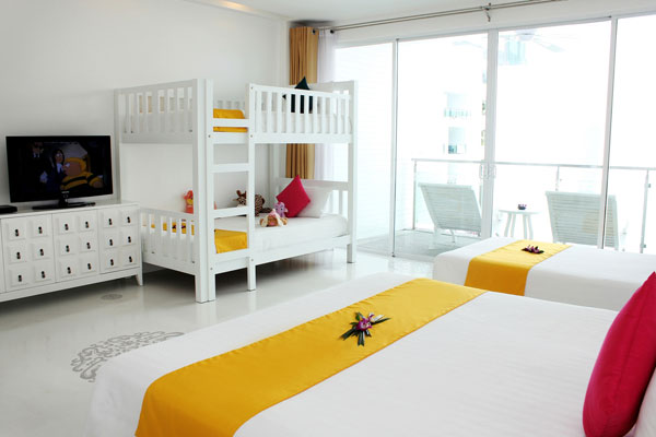 The Old Phuket Karon Beach Resort, Phuket Serene Wing Bedroom 4