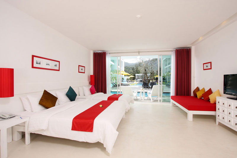 The Old Phuket Karon Beach Resort, Phuket Serene Wing Bedroom