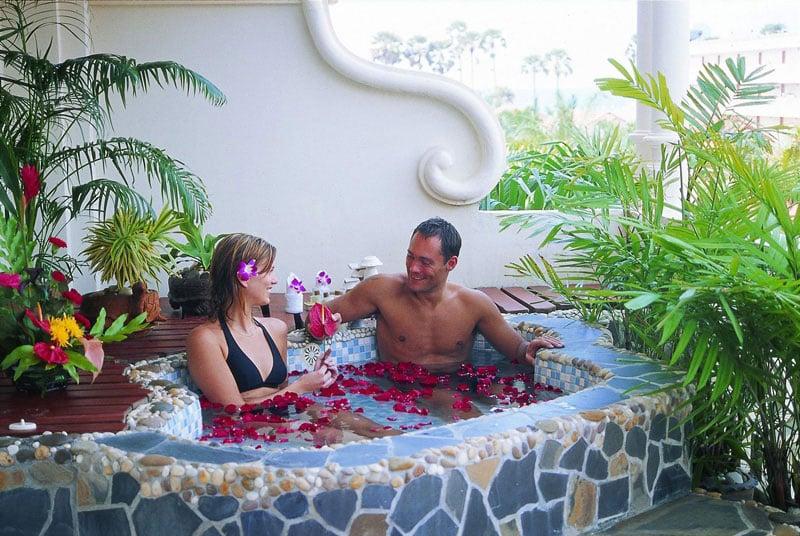 The Old Phuket Karon Beach Resort, Phuket Sino Wing Bedroom 2