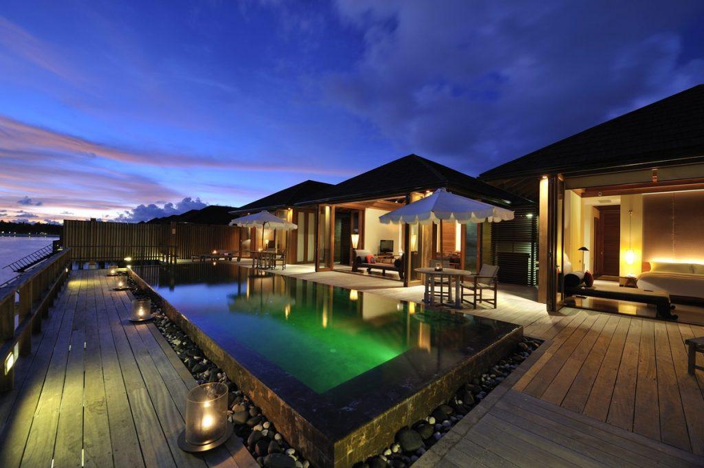 Paradise Island Ocean Suite Exterior