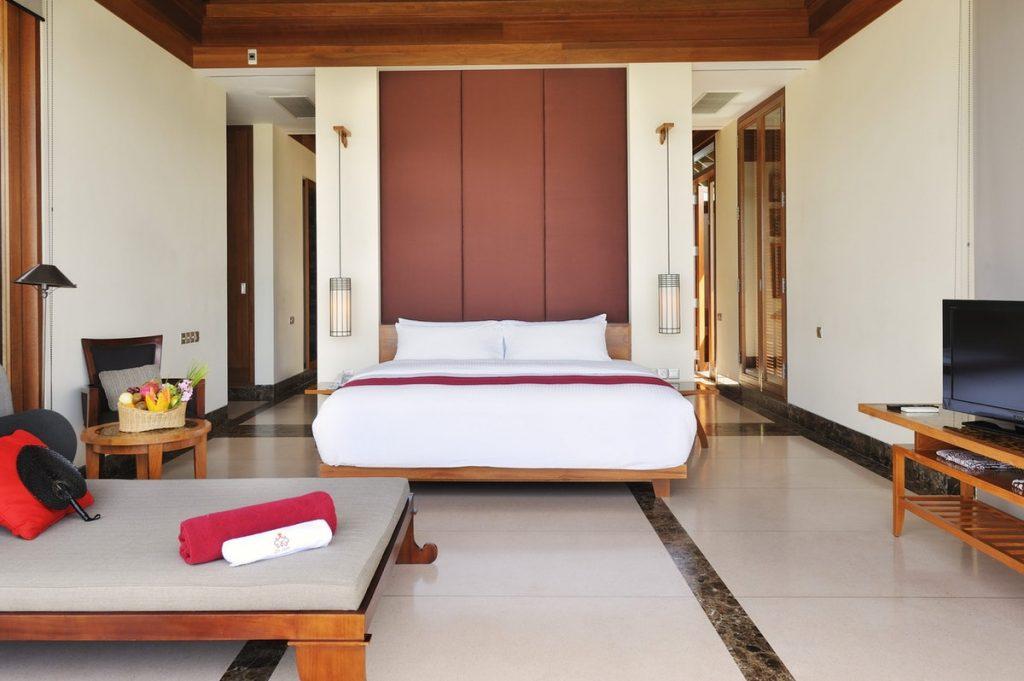 Paradise Island Ocean Suite Interior 5