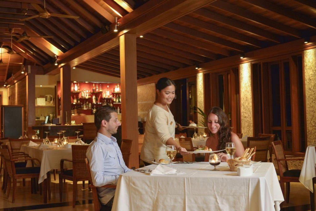 Paradise Island Resort Farumathi Restaurant