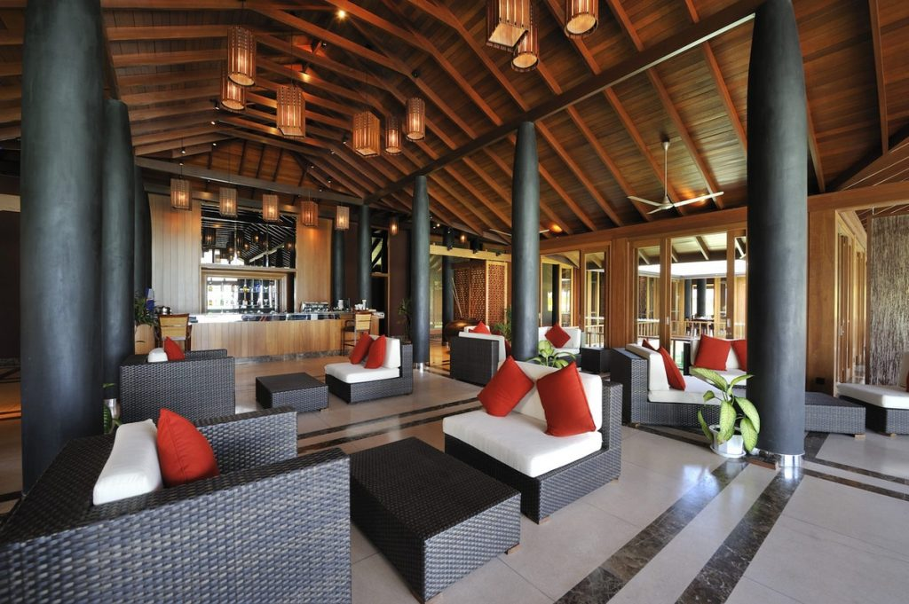 Paradise Island Resort Lagoon Restaurant