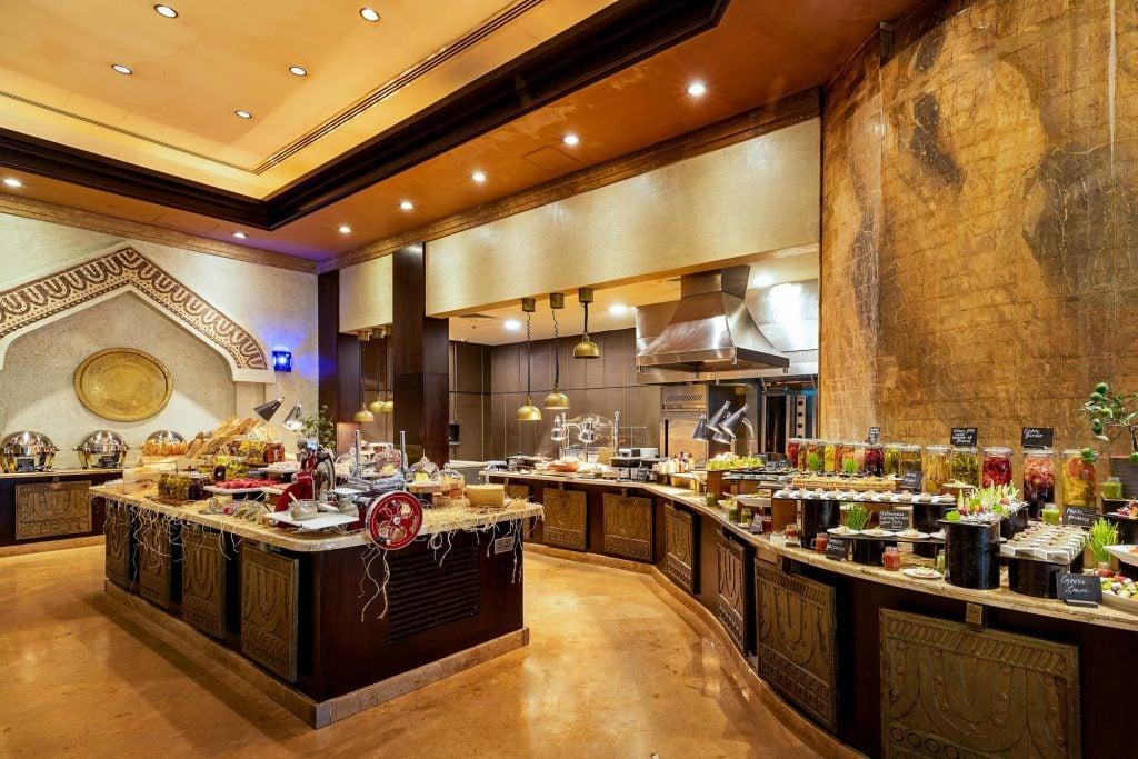 Sharq Village & Spa, a Ritz Carlton Hotel, Doha Buffet