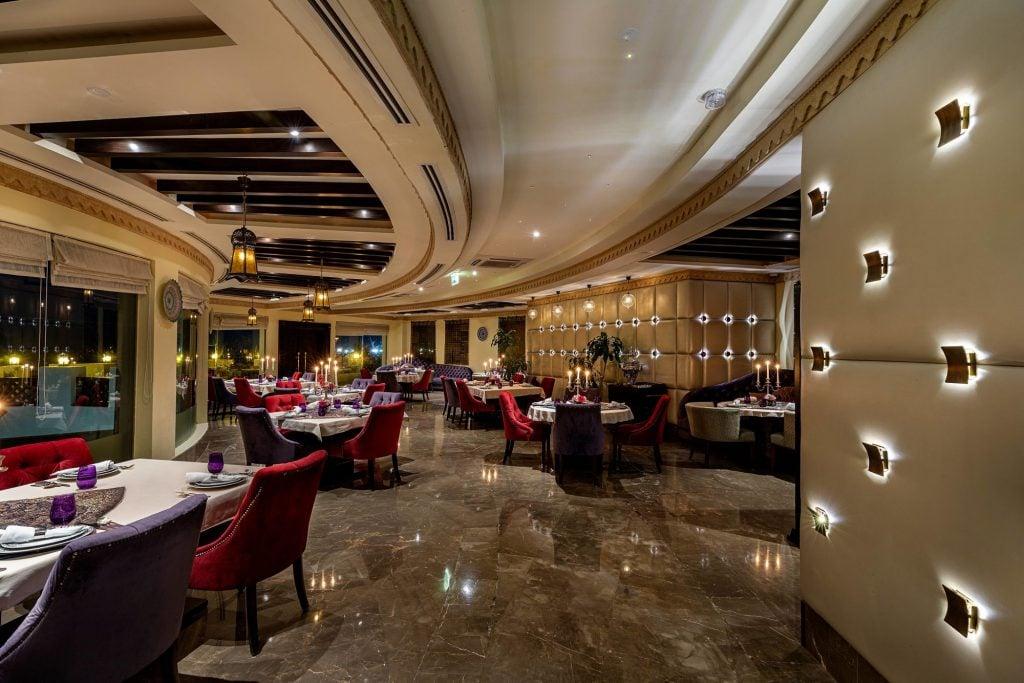 Sharq Village & Spa, a Ritz Carlton Hotel, Doha Dining